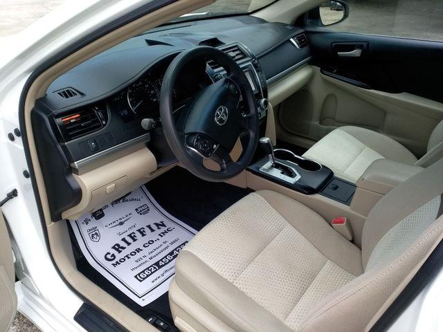 2013 Toyota Camry LE Houston, Mississippi 6