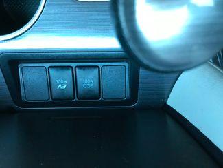2013 Toyota Camry Hybrid LE Farmington, MN 7