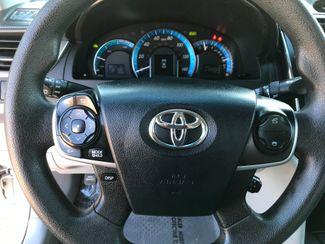 2013 Toyota Camry Hybrid LE Farmington, MN 8