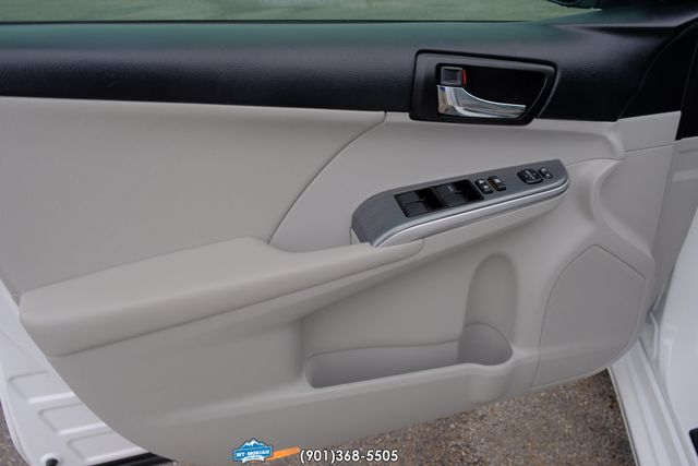 2013 Toyota Camry Hybrid XLE in Memphis, Tennessee 38115