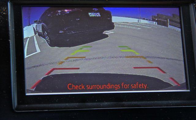 2013 Toyota Camry Hybrid XLE in Reseda, CA, CA 91335