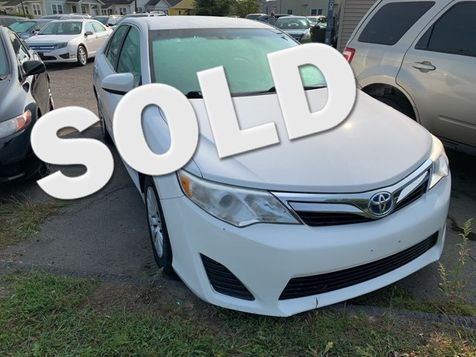 2013 Toyota Camry Hybrid LE in West Springfield, MA
