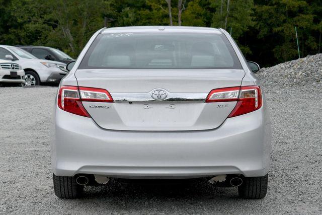 2013 Toyota Camry XLE Naugatuck, Connecticut 3