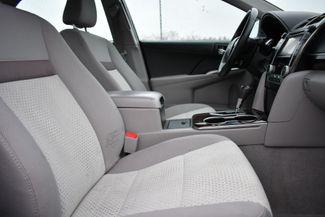 2013 Toyota Camry XLE Naugatuck, Connecticut 9
