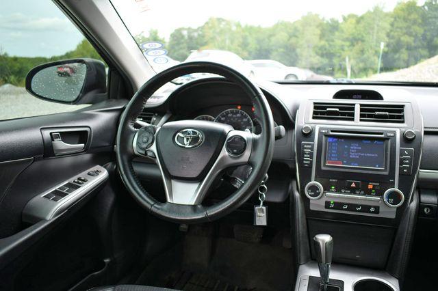 2013 Toyota Camry SE Naugatuck, Connecticut 14