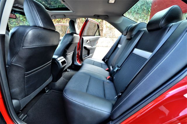 2013 Toyota Camry SE Reseda, CA 30