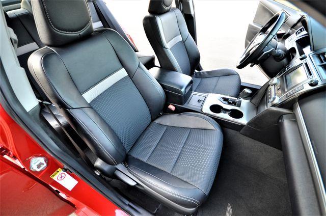 2013 Toyota Camry SE Reseda, CA 3