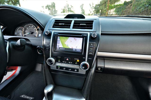 2013 Toyota Camry SE Reseda, CA 35