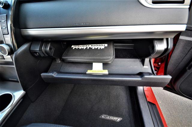 2013 Toyota Camry SE Reseda, CA 36