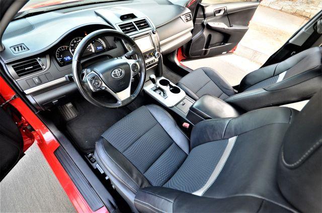 2013 Toyota Camry SE Reseda, CA 39