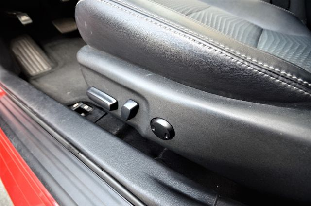 2013 Toyota Camry SE Reseda, CA 40