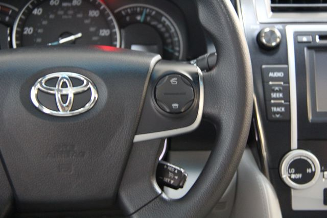 2013 Toyota Camry LE Richmond, Virginia 9