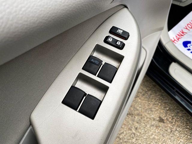 2013 Toyota Corolla LE Madison, NC 21