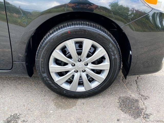2013 Toyota Corolla LE Madison, NC 8