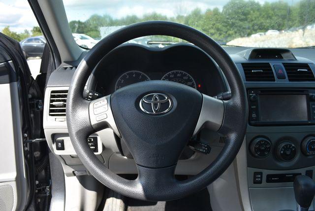 2013 Toyota Corolla LE Naugatuck, Connecticut 18
