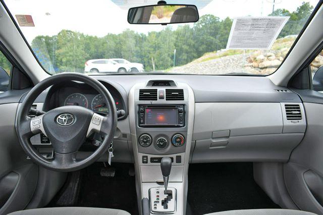 2013 Toyota Corolla LE Naugatuck, Connecticut 17