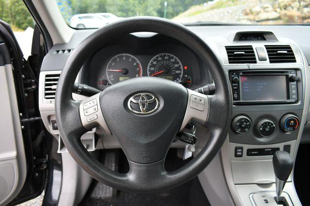 2013 Toyota Corolla LE Naugatuck, Connecticut 21