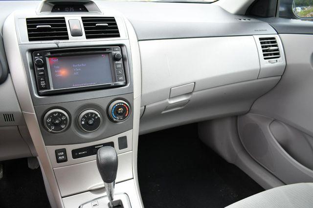 2013 Toyota Corolla LE Naugatuck, Connecticut 22