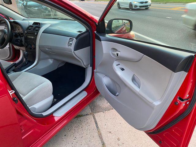 2013 Toyota Corolla LE New Brunswick, New Jersey 20
