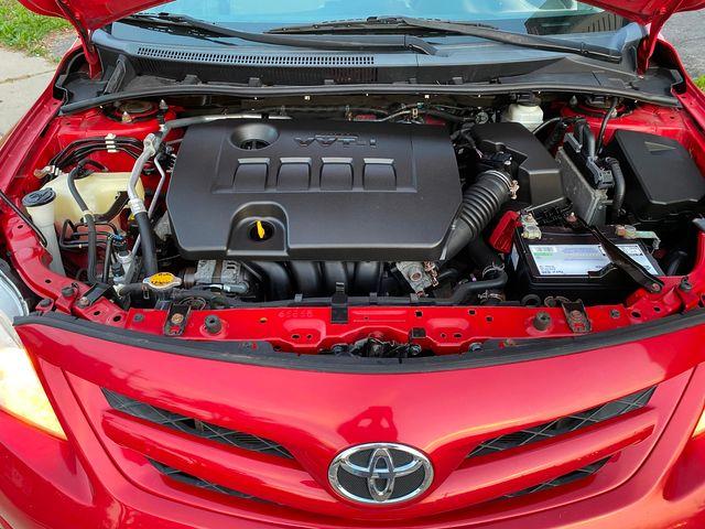 2013 Toyota Corolla LE New Brunswick, New Jersey 23