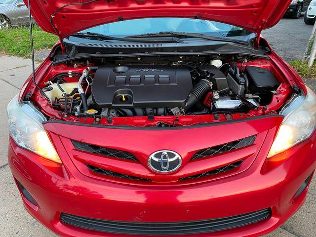 2013 Toyota Corolla LE New Brunswick, New Jersey 24