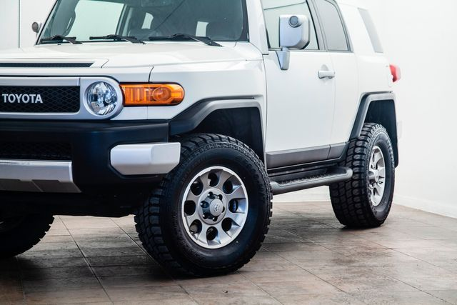 2013 Toyota FJ Cruiser 4X4 Lifted With Upgrades in Addison, TX 75001