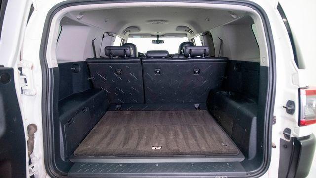 2013 Toyota FJ Cruiser 6speed Manual 4x4 1 Owner in Dallas, TX 75229