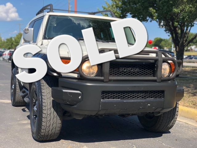 2013 Toyota FJ Cruiser 4WD AT in San Antonio, TX 78233