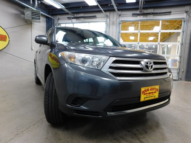 2013 Toyota Highlander in Airport Motor Mile ( Metro Knoxville ), TN 37777