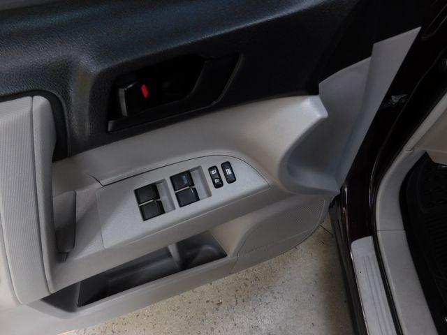 2013 Toyota Highlander BASE in Airport Motor Mile ( Metro Knoxville ), TN 37777