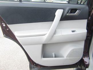 2013 Toyota Highlander Plus Batesville, Mississippi 27