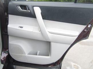 2013 Toyota Highlander Plus Batesville, Mississippi 33