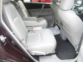 2013 Toyota Highlander Plus Batesville, Mississippi 34