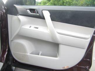 2013 Toyota Highlander Plus Batesville, Mississippi 36