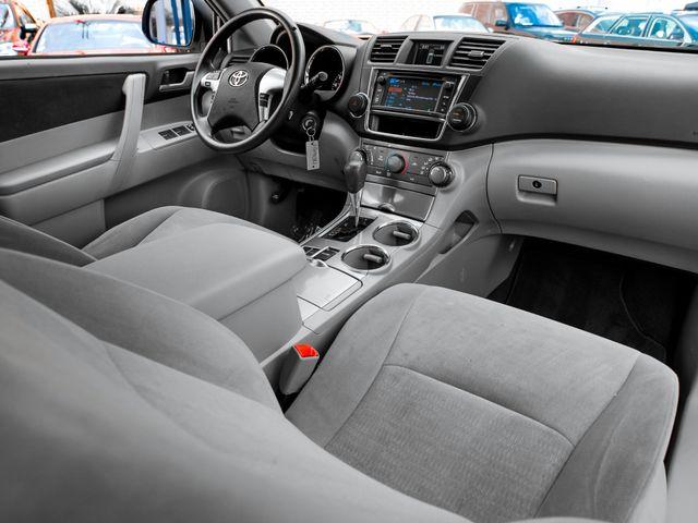 2013 Toyota Highlander Plus Burbank, CA 11