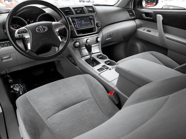 2013 Toyota Highlander Plus Burbank, CA 9