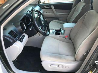 2013 Toyota Highlander Farmington, MN 4
