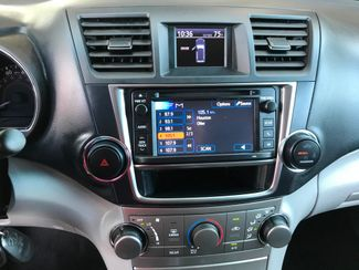 2013 Toyota Highlander Farmington, MN 8