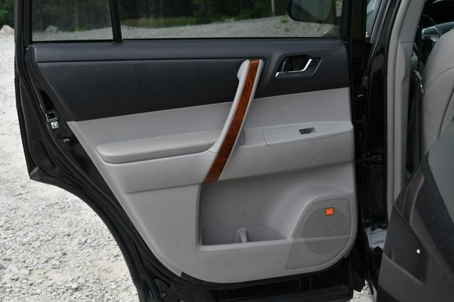 2013 Toyota Highlander Limited 4WD Naugatuck, Connecticut 12