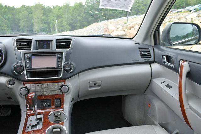 2013 Toyota Highlander Limited 4WD Naugatuck, Connecticut 17