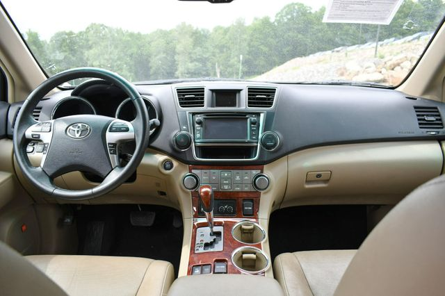 2013 Toyota Highlander Limited 4WD Naugatuck, Connecticut 18