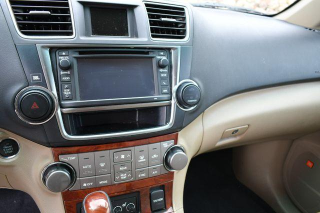 2013 Toyota Highlander Limited 4WD Naugatuck, Connecticut 24