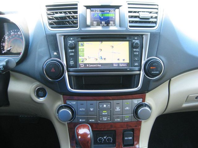 2013 Toyota Highlander Limited AWD Richmond, Virginia 9