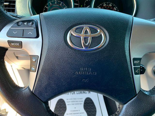 2013 Toyota Highlander SE 4WD 3 MONTH/3,000 MILE NATIONAL POWERTRAIN WARRANTY Mesa, Arizona 18