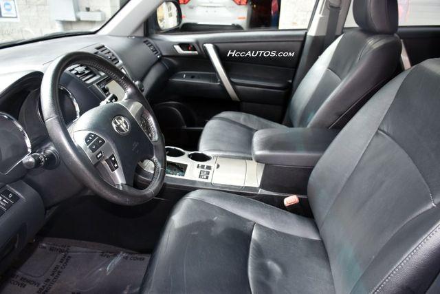 2013 Toyota Highlander 4WD 4dr V6 (Natl) Waterbury, Connecticut 18