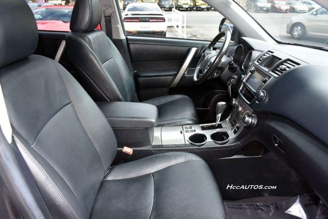 2013 Toyota Highlander 4WD 4dr V6 (Natl) Waterbury, Connecticut 3