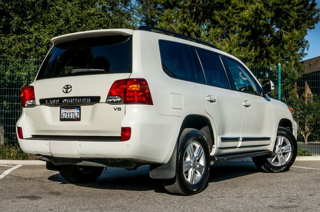 2013 Toyota Land Cruiser - 56K MILES - NAVI - DVD - 3RD ROW Reseda, CA 9