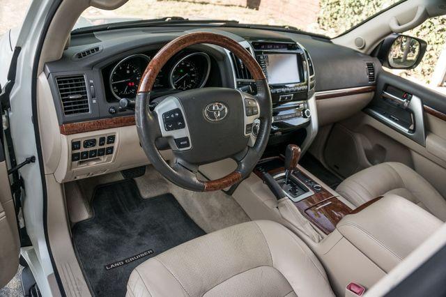 2013 Toyota Land Cruiser - 56K MILES - NAVI - DVD - 3RD ROW Reseda, CA 15
