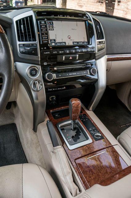 2013 Toyota Land Cruiser - 56K MILES - NAVI - DVD - 3RD ROW Reseda, CA 26