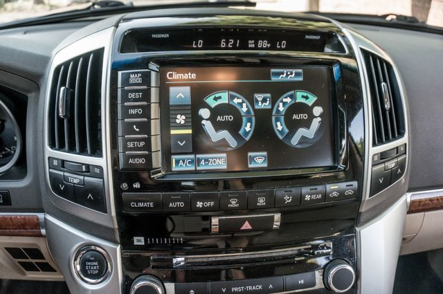 2013 Toyota Land Cruiser - 56K MILES - NAVI - DVD - 3RD ROW Reseda, CA 29